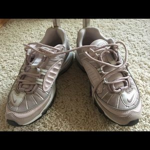 Nike Airmax Size 5